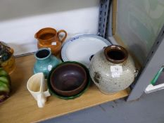 STUDIO POTTERY VASE, JUGS, BOWLS 'JAMMIE DODGERS' CUP AND BLUE AND WHITE PLATE