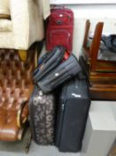 A GOOD SELECTION OF SUITCASES AND LUGGAGE BAGS, VARIOUS SIZES