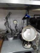 THREE MODERN DESK LAMPS, MIRROR LIGHT AND ANOTHER LAMP (5)