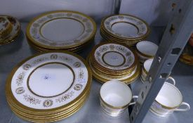 COALPORT CHINA ?LADY ANNE? PATTERN DINNER SERVICE FOR SIX PERSON, 18 PIECES AND MATCHING TEA SERVICE