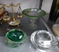 ITALIAN GREEN BUBBLE GLASS ASHTRAY OR BOWL; A GLASS CIRCULAR ASHTRAY; A GREEN ONYX EGG ON METAL
