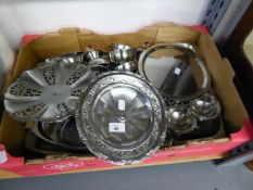 TEN STAINLESS STEEL SUNDAE DISHES AND SIX DITTO OF DIFFERENT PATTERN AND A QUANTITY OF STAINLESS