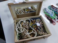 LARGE QUANTITY OF VINTAGE COSTUME JEWELLERY COMPRISING APPROXIMATELY 32 BEAD NECKLACES, 11 IMITATION