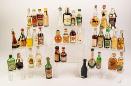 APPROX 102 MINIATURE BOTTLES OF LIQUEURS AND SPIRITS, approx 20 bottles with significant losses,