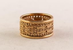 14ct GOLD BROAD BAND RING with woven pattern band with beaded and then plain outer edges, 1cm