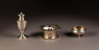 EDWARD VII SILVER PEDESTAL PEPPERETTE, Birmingham 1909, together with a SILVER INKWELL STAND, of