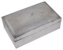 A large Edward VII silver table cigar box