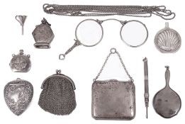 A small collection of silver items of vertu