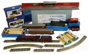 A selection of Hornby-Dublo OO Gauge to include locomotives, carriages, rolling stock, accessories