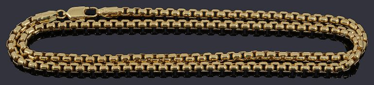 An Italian gold barrel shaped belcher chain necklace
