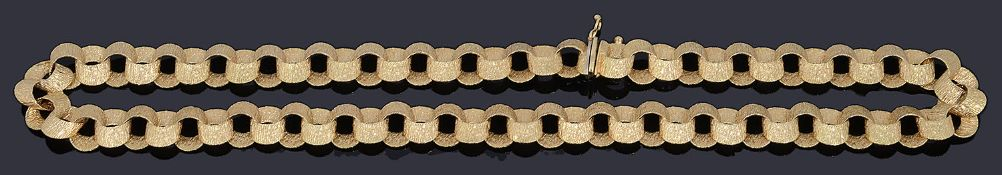 An 18ct gold bark textured oval link necklace, circa 1970s
