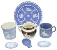 Early 19th c Wedgwood jasperware to include a dark blue jasperware shell caddy spoon