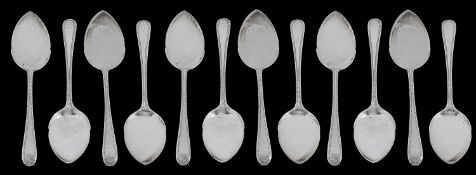 An Edwardian set of twelve beaded ribbon and reed pattern ice cream spades