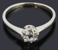 A pretty single stone diamond ring
