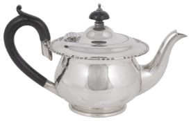 A George V silver bachelors teapot