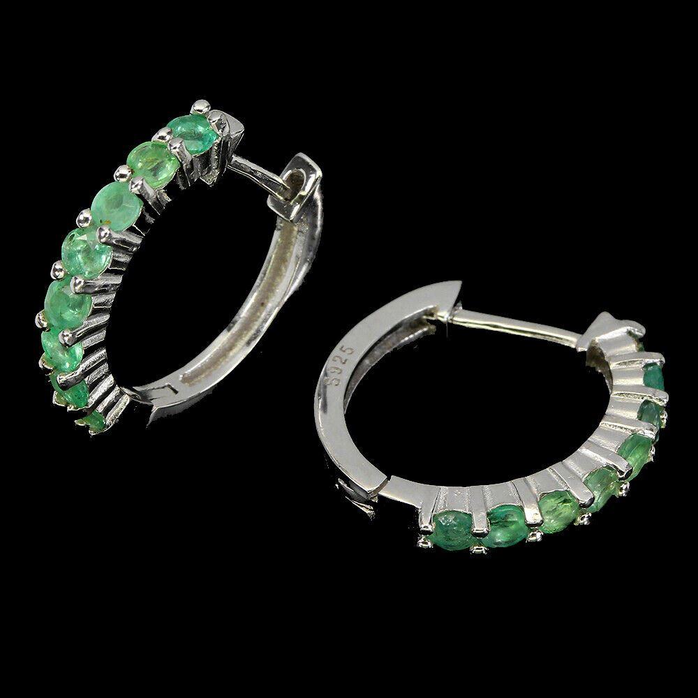 Lot 21 - A pair of 925 silver emerald set hoop earrings, L. 1.8cm.