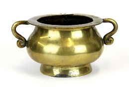 A 19th Century Chinese bronze censer, H. 8.5cm.