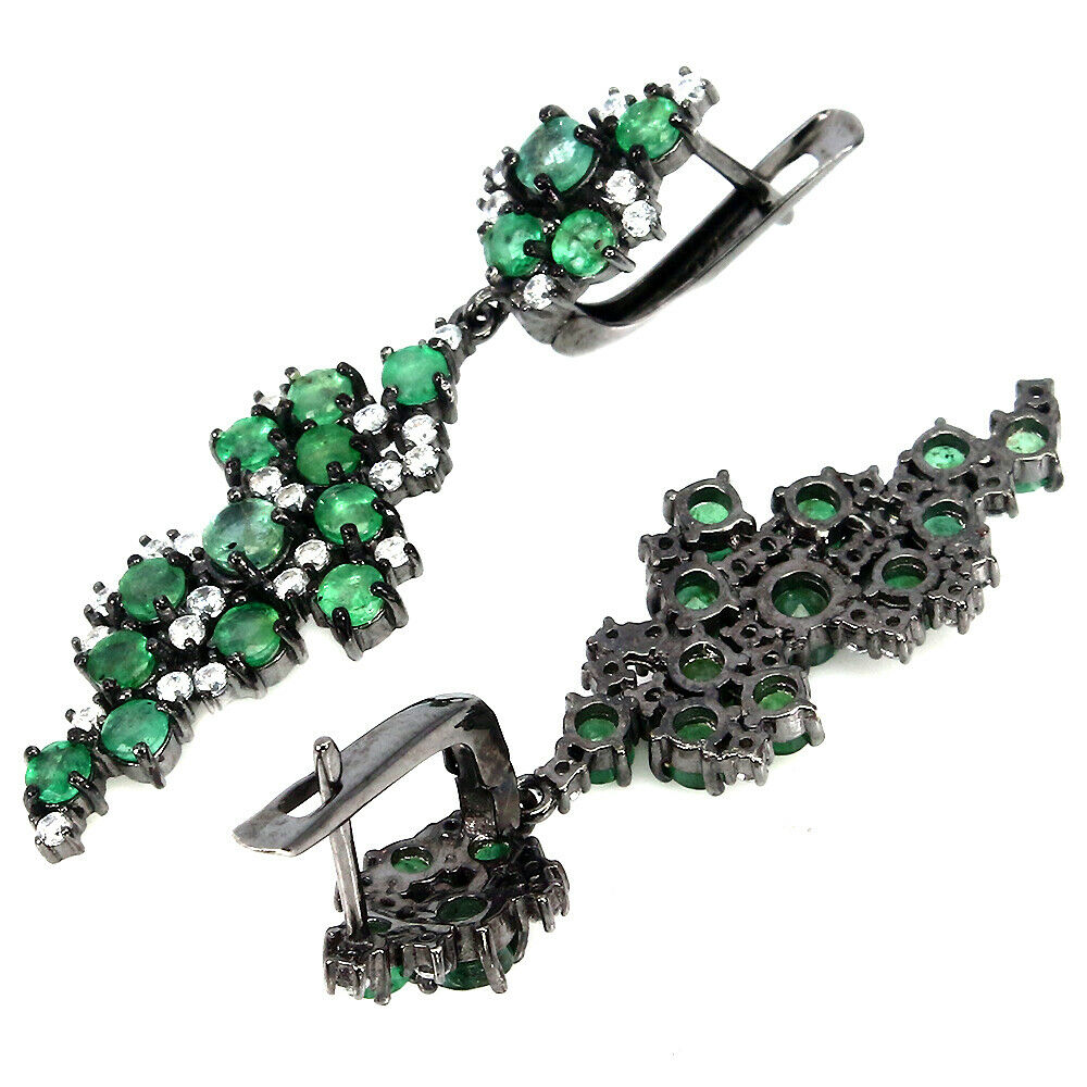 A pair of 925 silver emerald and white stone set drop earrings, L. 4.5cm. - Image 2 of 2