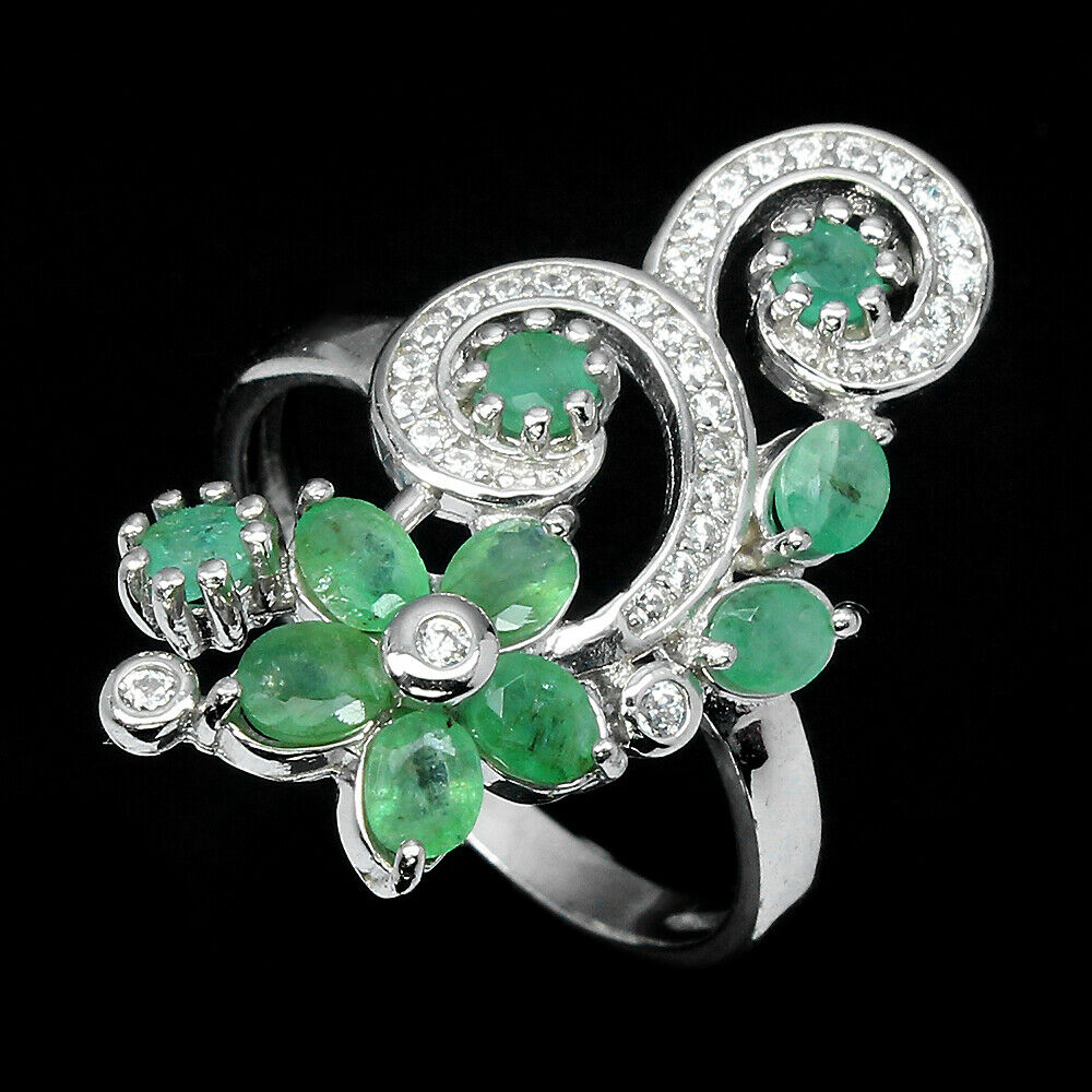 A 925 silver emerald set ring, (N.5). - Image 2 of 2