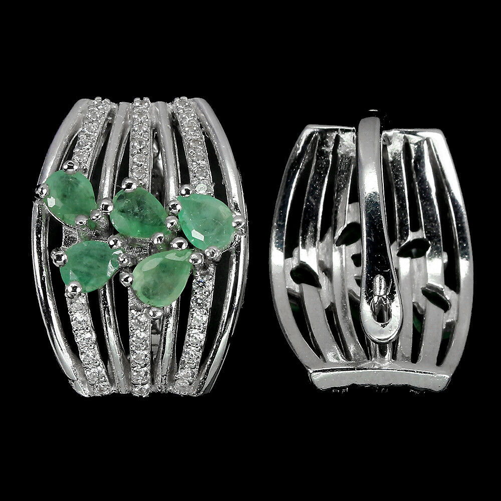 A pair of 925 silver oval cut emerald and white stone set earrings, L. 1.8cm. - Image 2 of 2