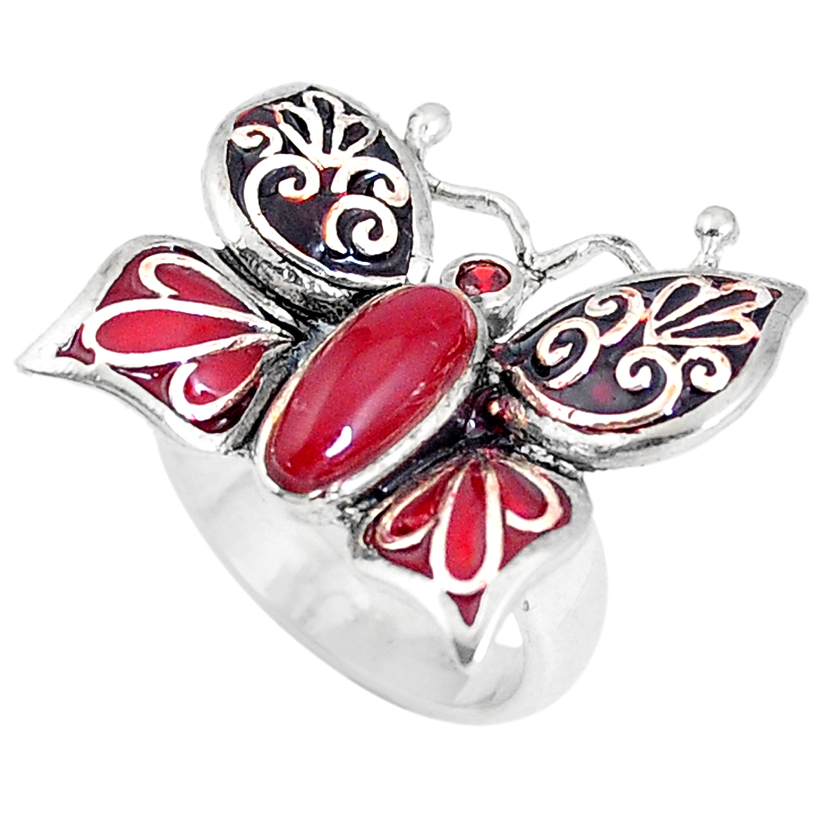 A 925 silver enamelled butterfly shaped ring set with onyx and garnet, (L).