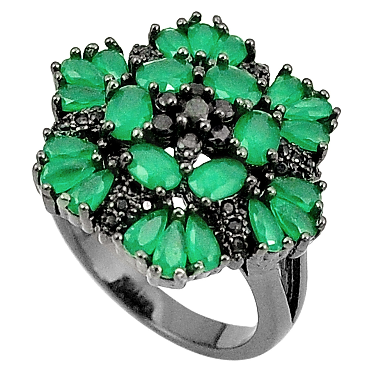 A 925 silver cluster ring set with chalcedony, (P.5).