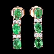 A pair of 925 silver rose gold gilt drop earrings set with tsavorites and white stones, L. 1.5cm.