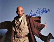 Samuel L Jackson signed 14x12 Star Wars colour photo pictured in his role as Mace Windu in the Clone