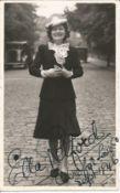 Ella Retford signed 6x4 black and white vintage photo. Elinor Maud Dawe née Flanagan, 2 July
