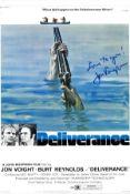 Jon Voight signed 16x12 Deliverance 16x12 colour movie promo photo. Jon Voight born December 29,