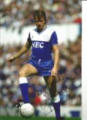 Trevor Steven Everton Signed 12 x 8 inch football photo. This item is from the stock of www.