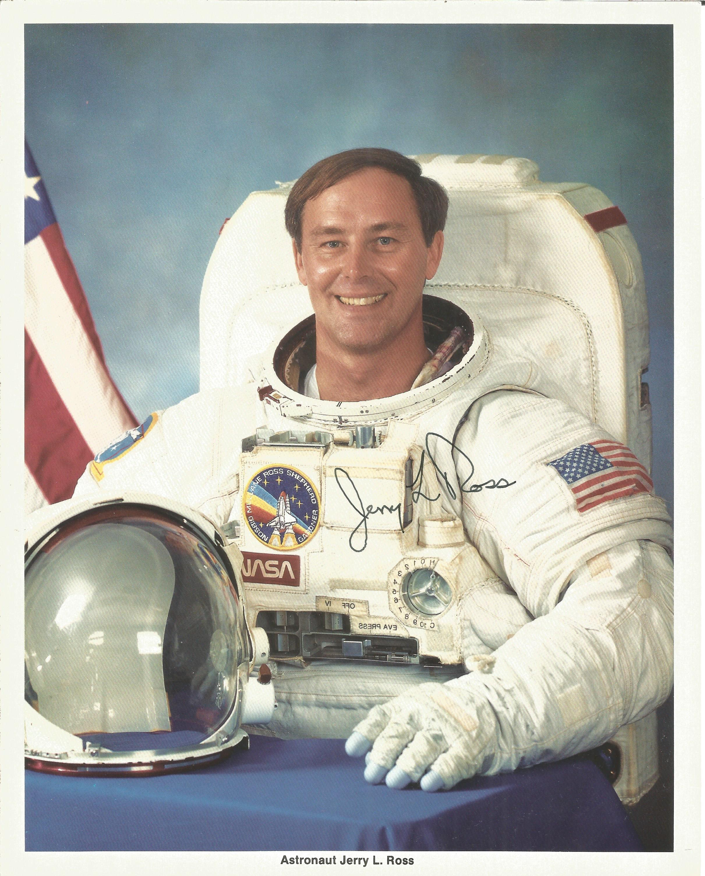 NASA collection 13 autopen machine generated autographs on colour photos includes Neil Armstrong - Image 3 of 6
