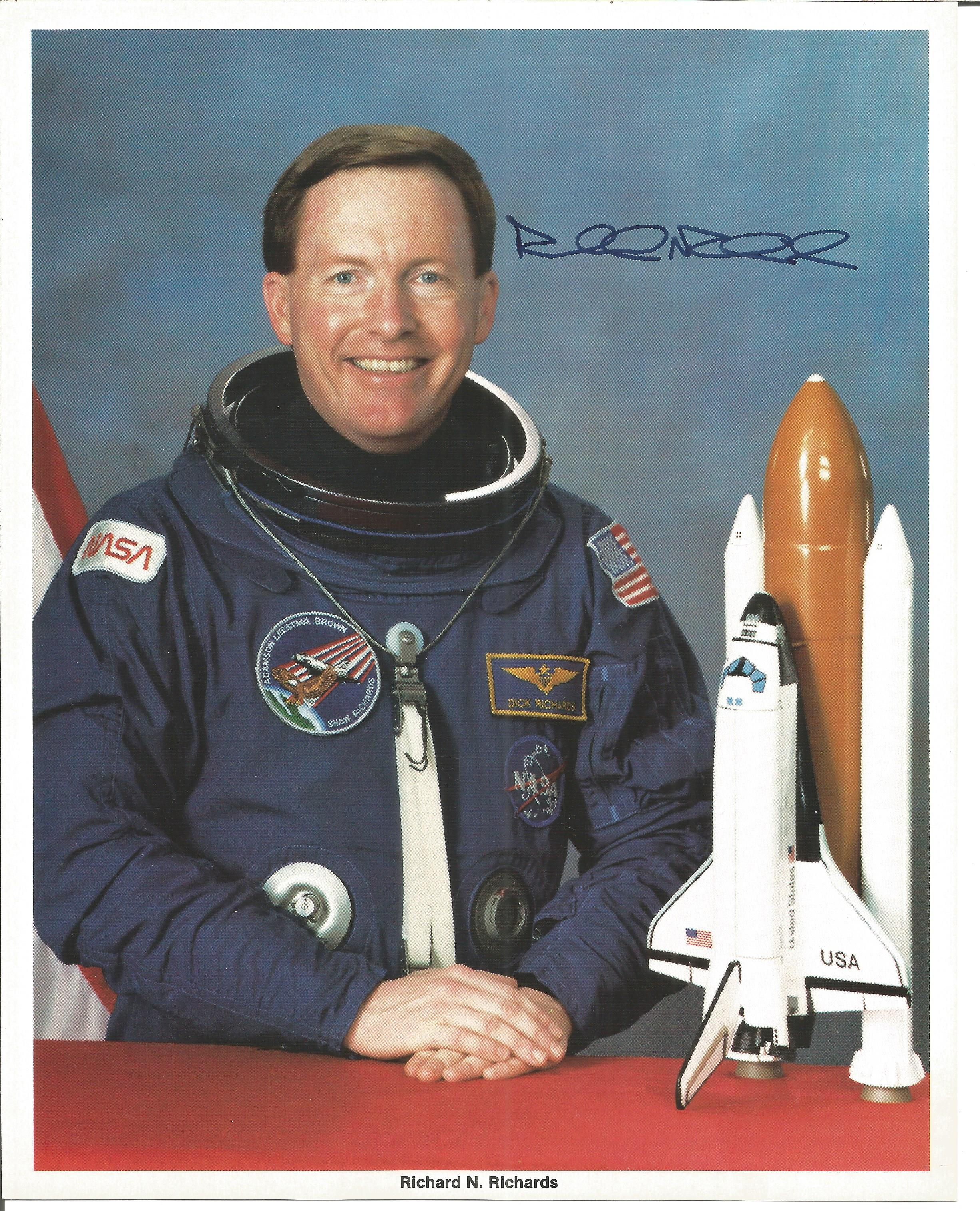 NASA collection 13 autopen machine generated autographs on colour photos includes Neil Armstrong - Image 6 of 6