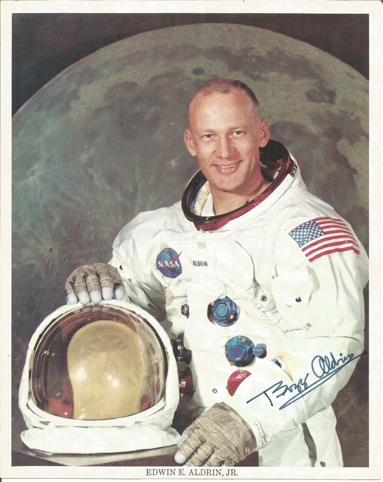 NASA collection 13 autopen machine generated autographs on colour photos includes Neil Armstrong - Image 2 of 6
