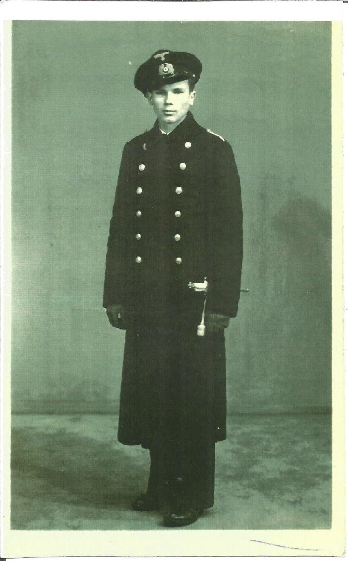 WW2 Tirpitz survivor Alfred Zuba signed on the reverse of 5 x 3 b w portrait photo of him in
