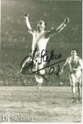 Football Di Stefano signed 6 x 4 inch b/w photo. Condition 8/10.