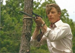 Edward Fox signed classic Day of the Jackal 12 x 8 inch colour sniper practise photo.