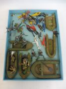 A tray of Pontoon boats with figures, also an interesting set of Marx, believed to be Marx Frogmen.