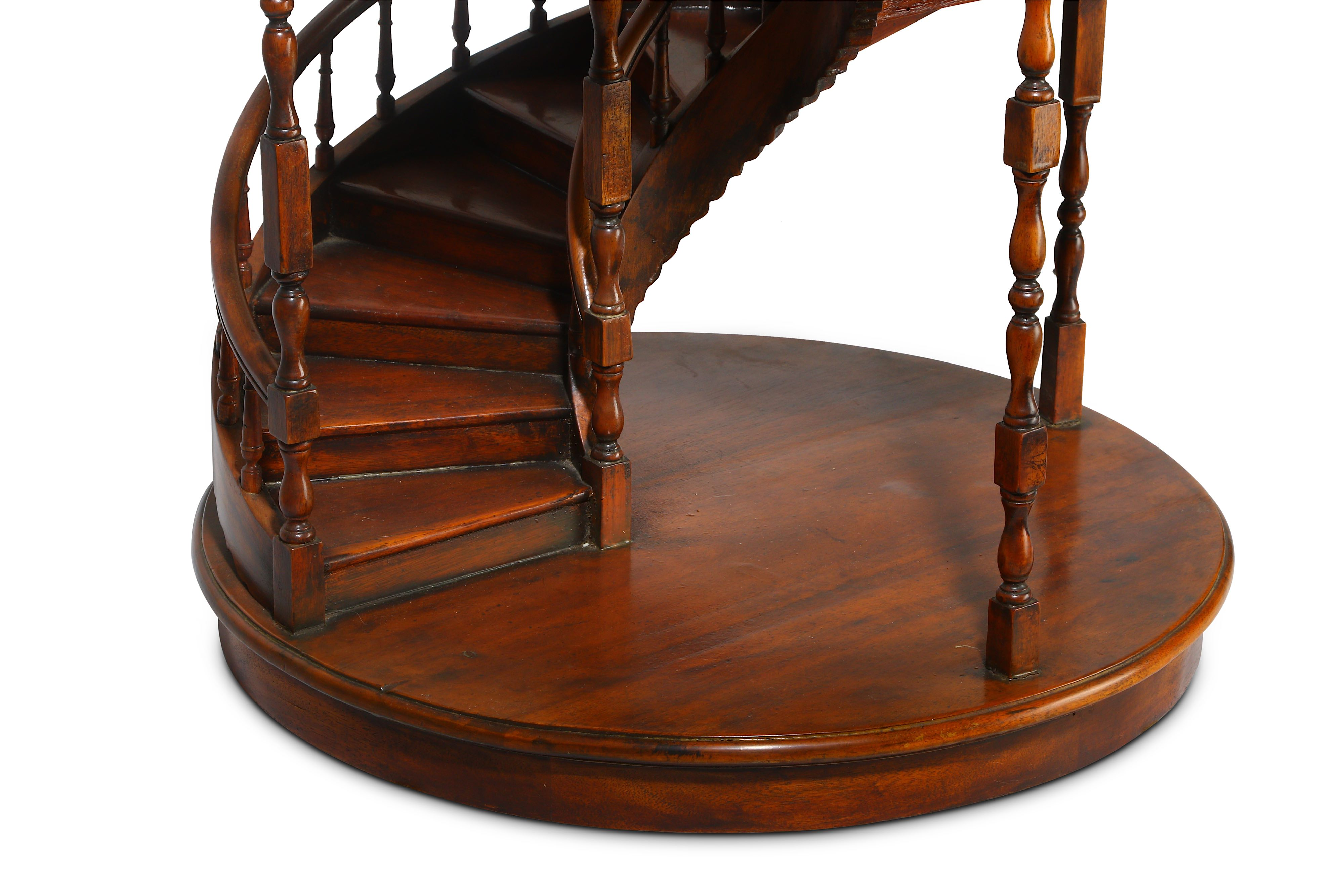 A LARGE EARLY 20TH CENTURY MAHOGANY APPRENTICE'S ARCHITECTURAL MODEL OF A SPIRAL STAIRCASE - Image 5 of 9
