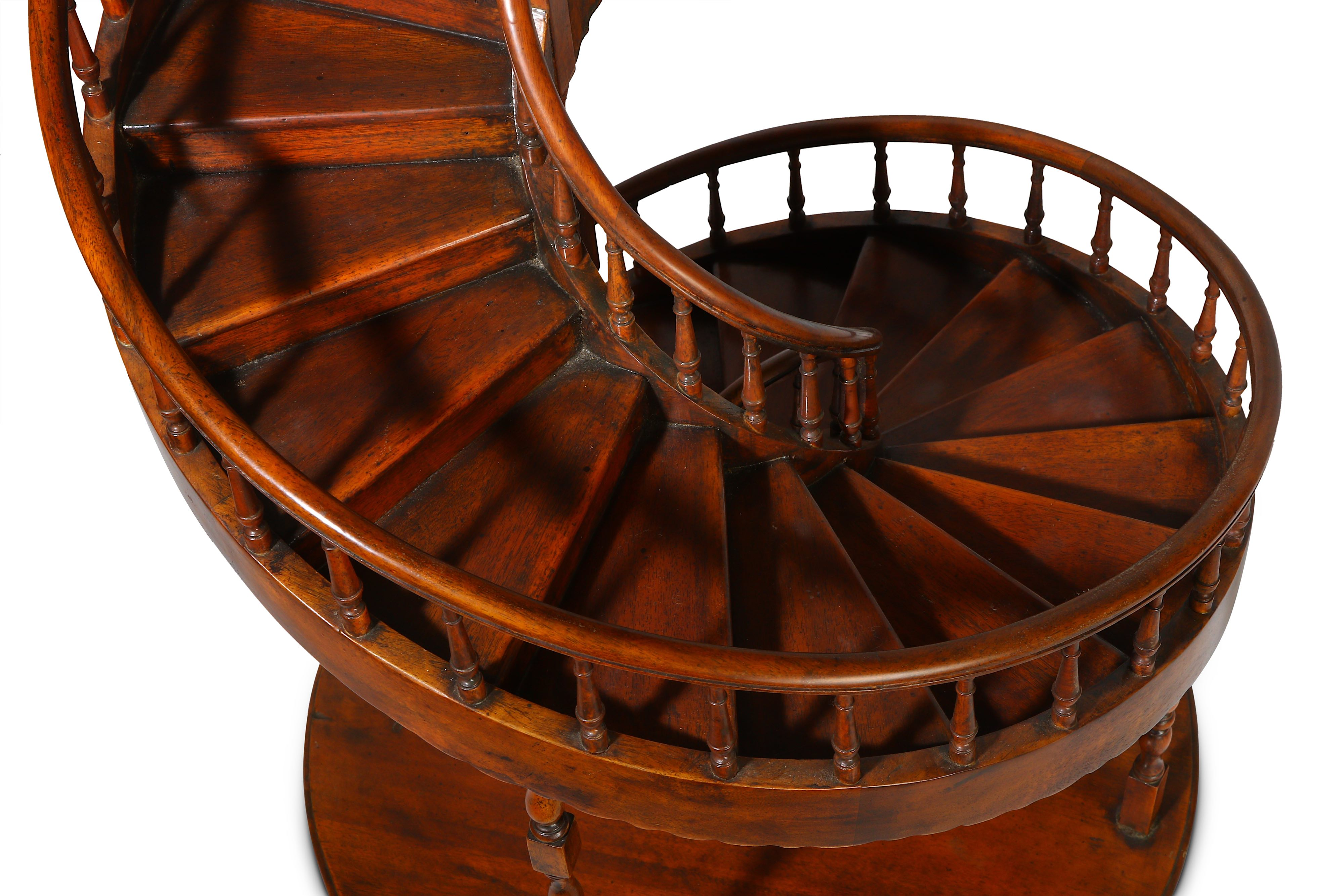 A LARGE EARLY 20TH CENTURY MAHOGANY APPRENTICE'S ARCHITECTURAL MODEL OF A SPIRAL STAIRCASE - Image 7 of 9