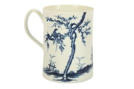 An 18th Century Worcester porcelain blue and white cylindrical tankard,