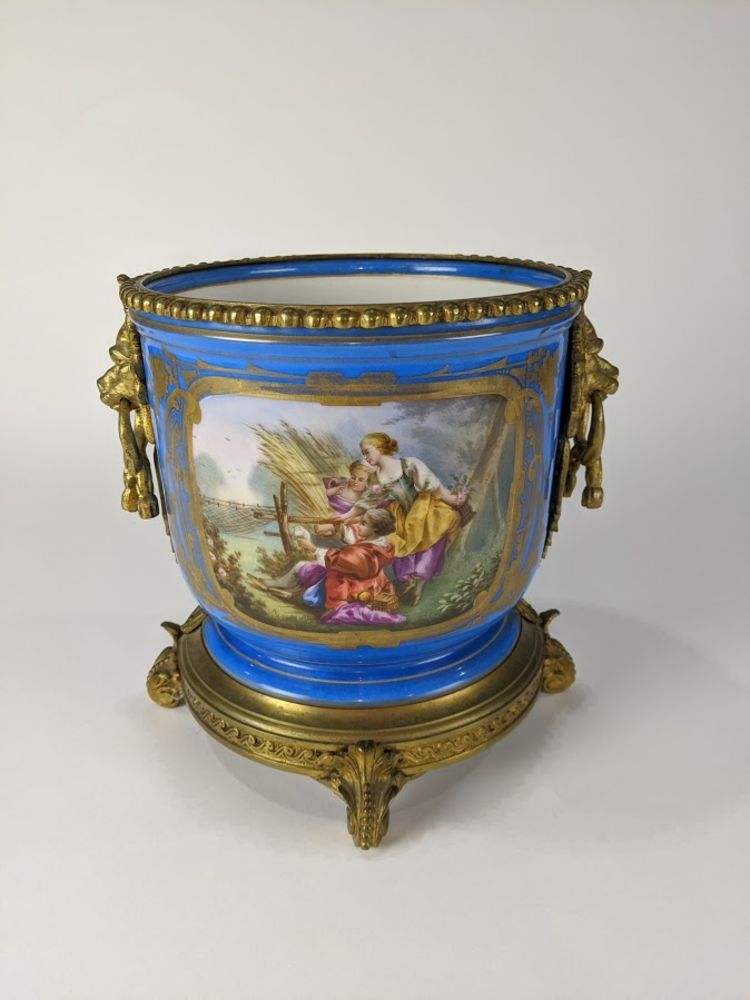 Clars'  May Fine Art, Furniture, Decoratives, Jewelery, and Asian Art Auction