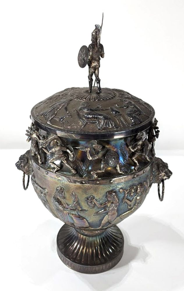 Clars' June  Fine Art, Furniture, Decoratives, Jewelery, and Asian Art Auction