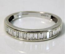 A boxed 18ct white gold Illiana ring set with appr