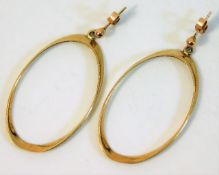 A pair of oval hoop drop earrings approx. 42mm 4.2
