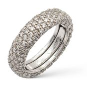 18kt white gold and diamond pavè ring weight 5,2 gr.