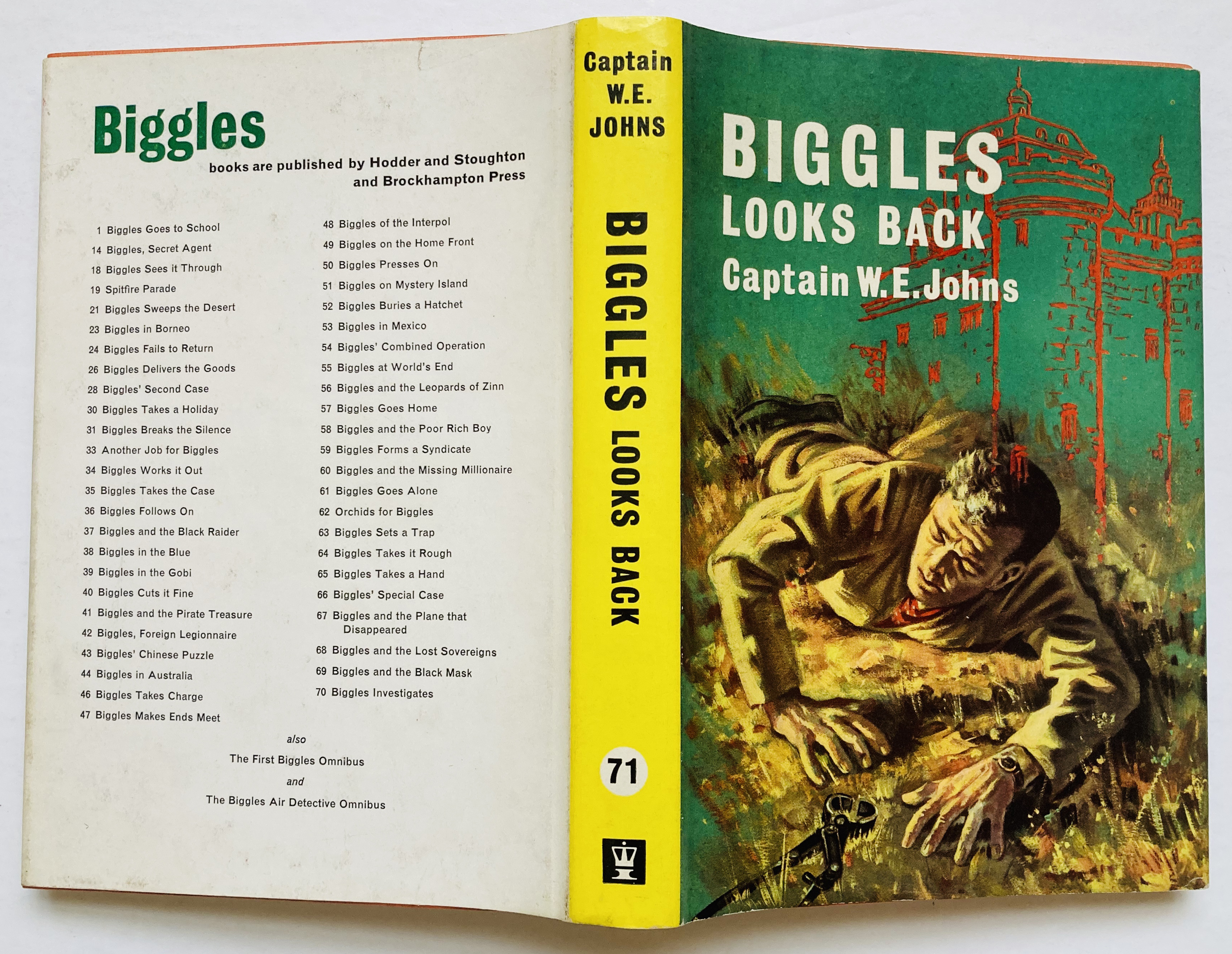 Lot 50 - Biggles Looks Back (1965 1st ed Hodder & Stoughton). Clean, fresh hardback book with white pages and