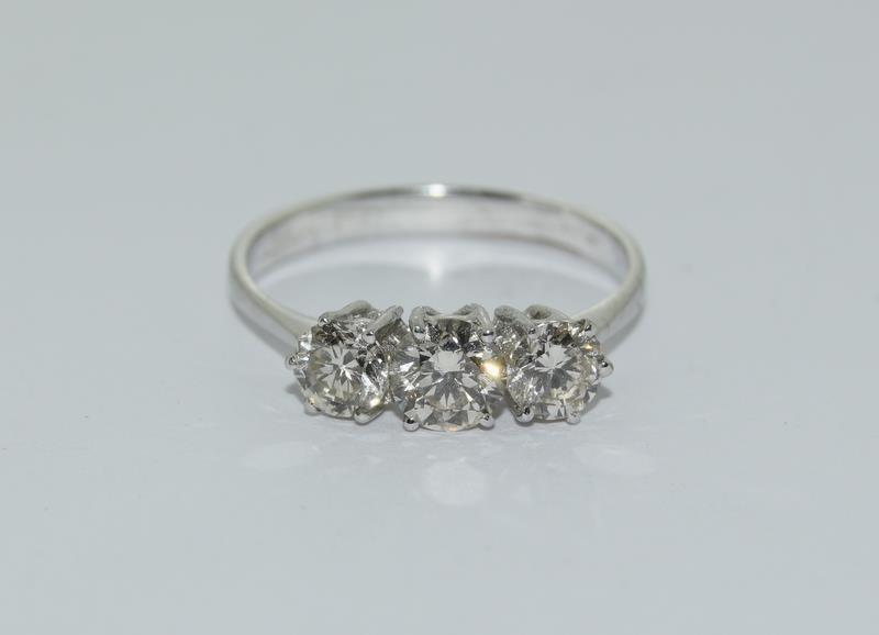 An 18ct white gold three stone diamond ring of 1.1cts. - Image 4 of 4