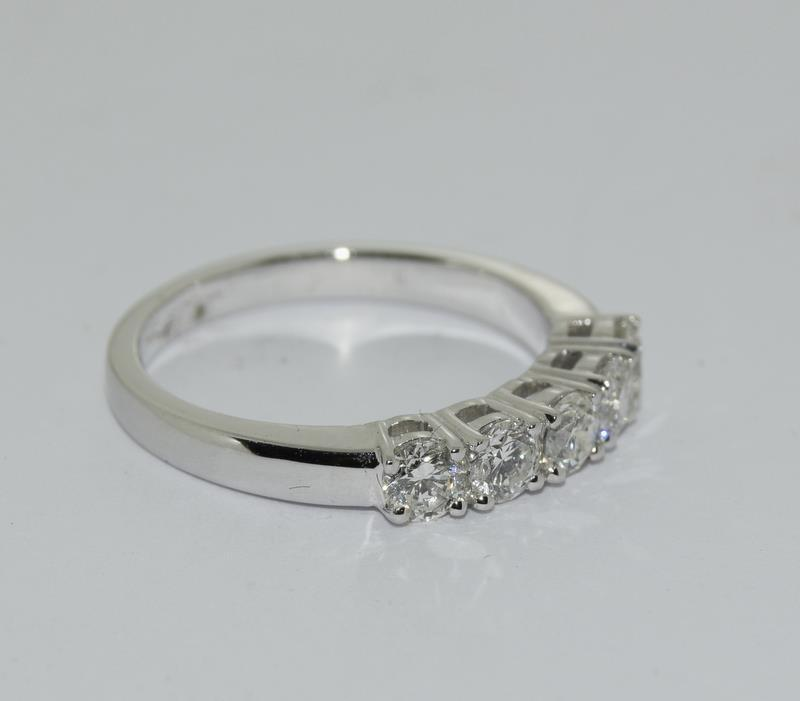 An 18ct white gold five stone diamond ring of 1.2cts. Size M - Image 5 of 6