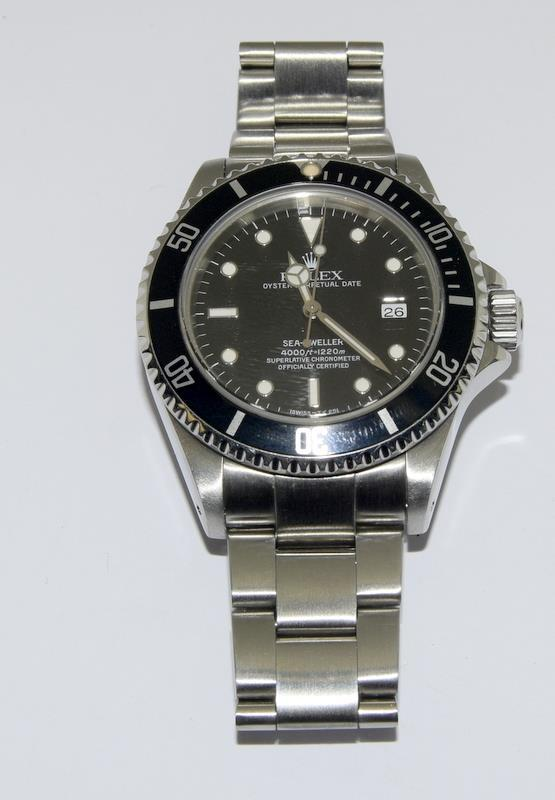 Rolex Sea Dweller gents wristwatch. Model No. 16600. Approx 1998 U39****. Very good condition. - Image 3 of 10